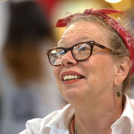 Photo of Lynda Barry